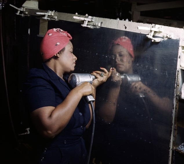 A woman working on a Vultee A-31 Vengeance in 1943